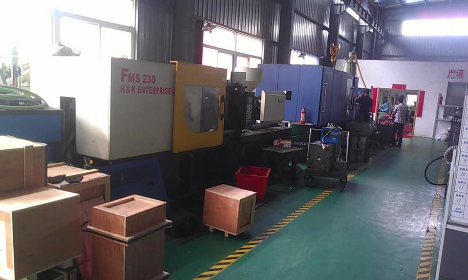 injection molding outsourcing